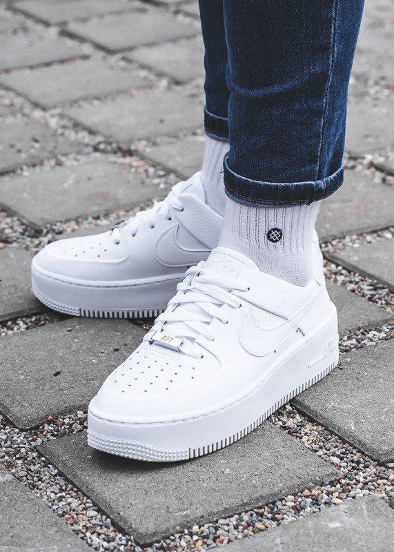 Buty sportowe damskie air force 1 sage low (ar5339 100) (Nike)