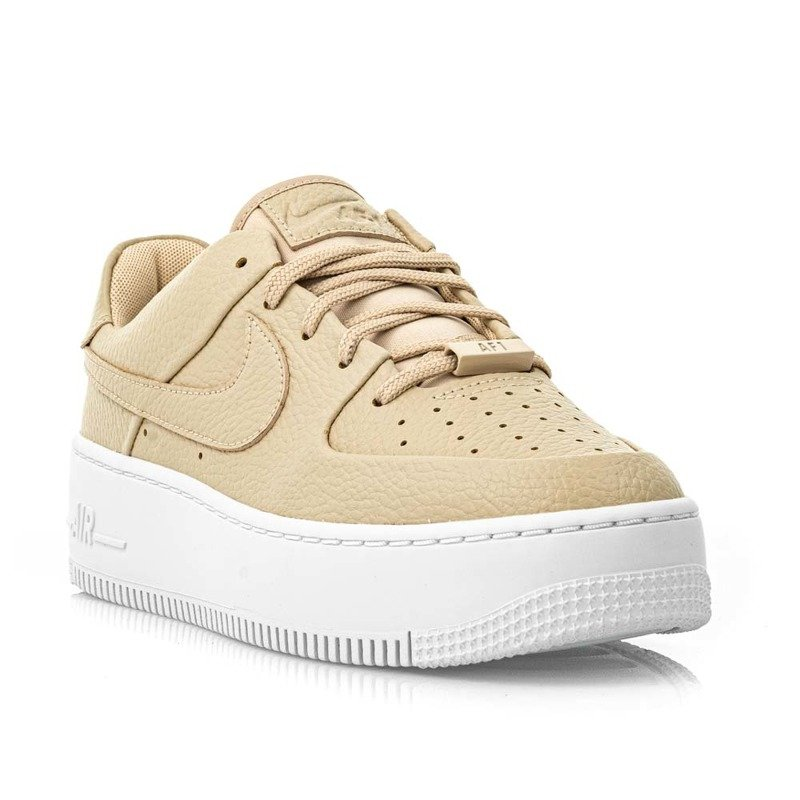 Buty sportowe damskie W Air Force 1 Sage Low 2 (CT0012 200), kolor brązowy (Nike)