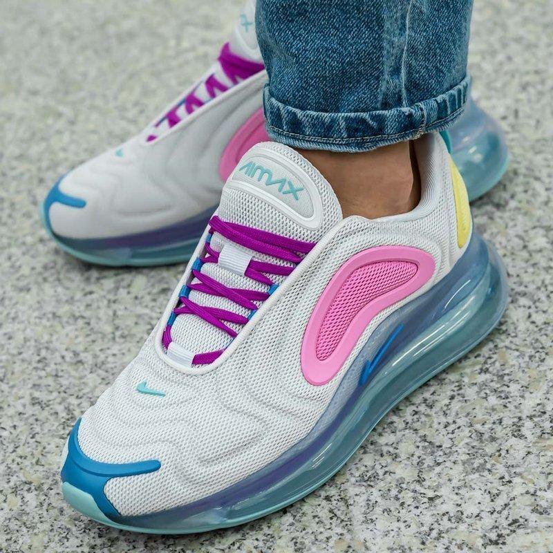 Buty damskie Nike AIR MAX 720 AR9293 102