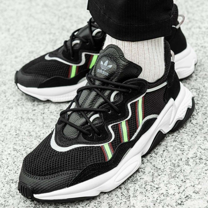 Buty sportowe męskie Adidas Ozweego (EE7002)