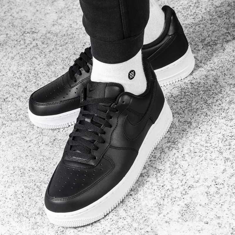 Buty sportowe męskie Nike Air Force 1 07'' (AA4083 003)