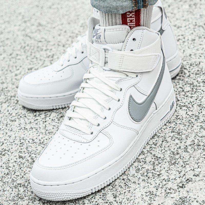 Buty zimowe męskie Nike Air Force 1 High 07 3 (AT4141 100)