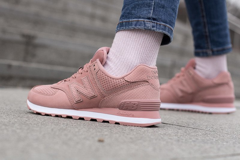 New Balance WL574 `Dusted Peach`