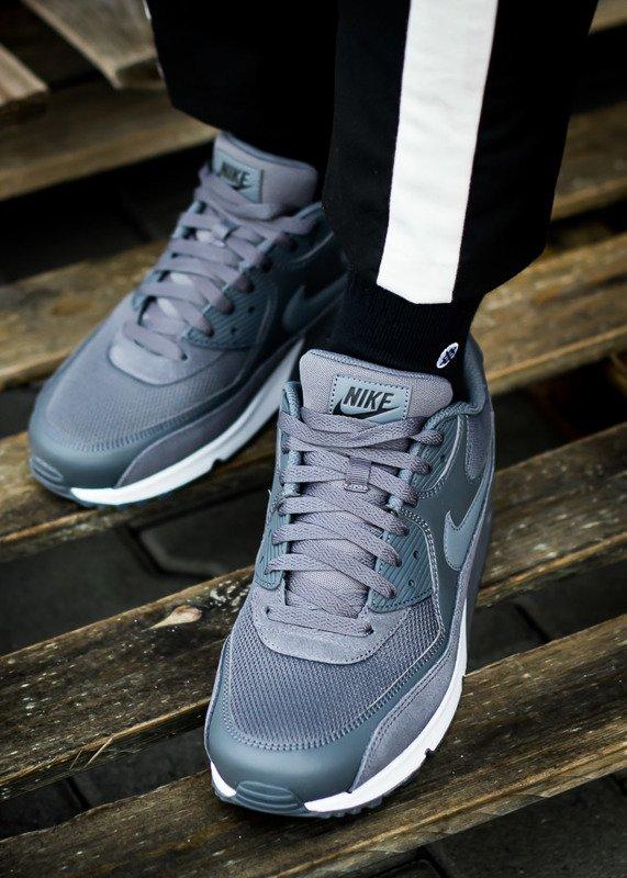 Nike Air Max 90 Essential (537384 078)