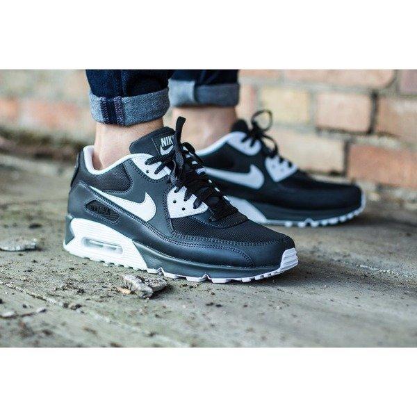 Nike Air Max 90 Essential 537384 089