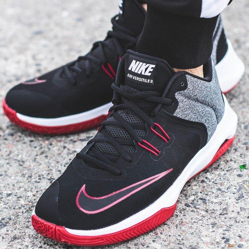 b3b0f2186 Nike Air Versitile II (921692-002) 259,98 zł - SNEAKER PEEKER ...