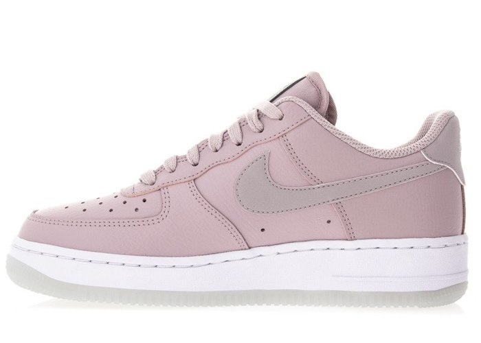 Nike Air Force 1 07 Essential (AO2132-500)